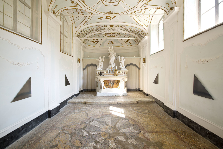 Abstract photogram installation by Liz Deschenes Stereopticon Villa di Geggiano Siena Campoli Presti